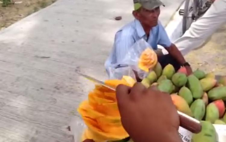 Mango Cut In Unique Way